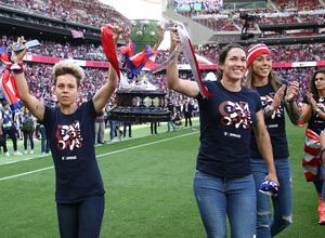 Temp. 2018-19 | Atlético de Madrid - Sevilla | Celebración Atlético de Madrid Femenino | Amanda y Meseguer