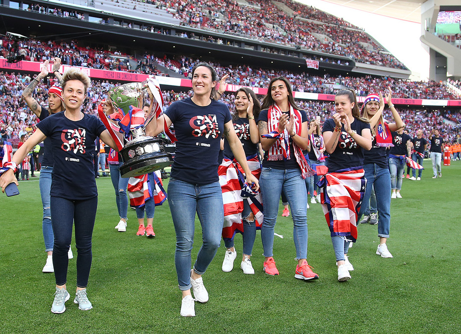 Temp. 2018-19   Atlético de Madrid - Sevilla   Celebración Atlético de Madrid Femenino
