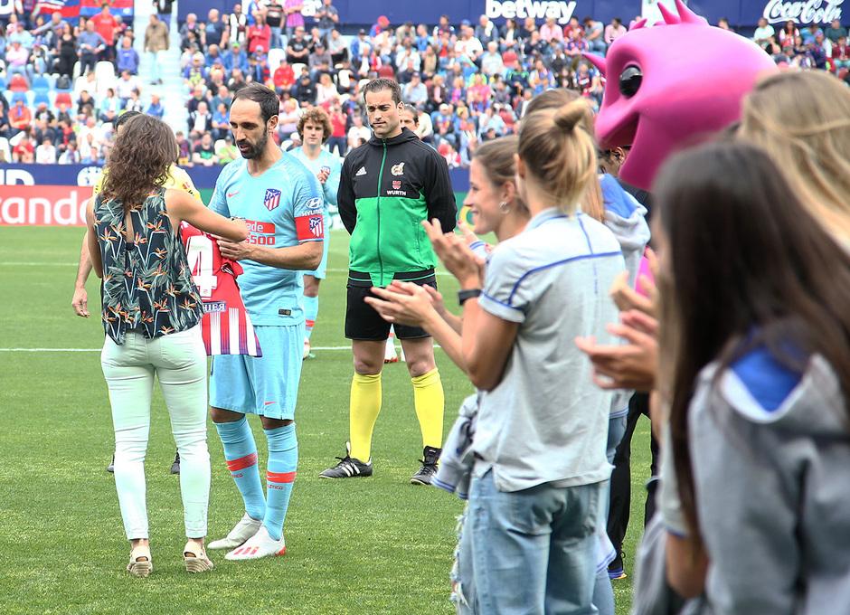 Temp. 2018-19 | Levante - Atlético de Madrid | Sonia Prim y Juanfran