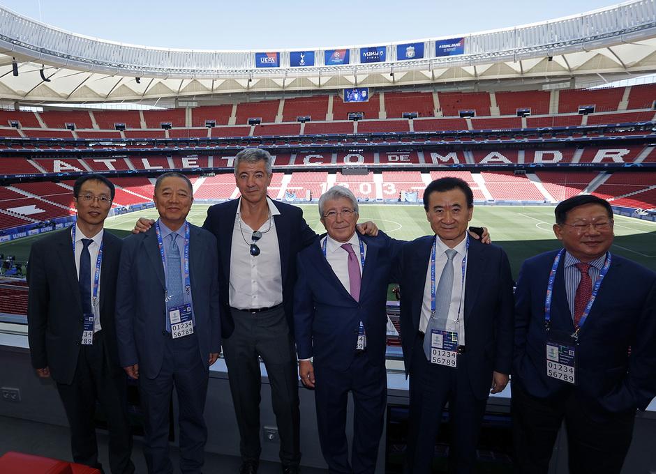 Temporada 18/19 | Visita Wanda Group | Miguel Ángel Gil y Wang Jianlin