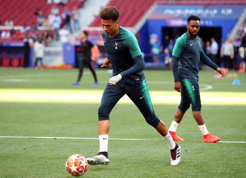Temporada 18/19 | Liverpool - Tottenham | Entrenamiento