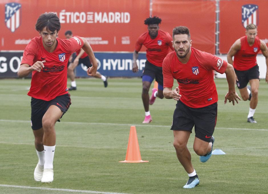 Temporada 19/20 | Entrenamiento del primer equipo | 07/08/2019 | Joao y Koke