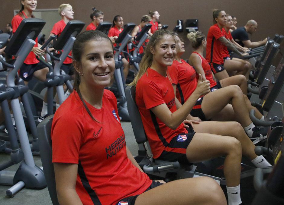 Temporada 19/20   Entrenamiento del Atlético femenino en Raleigh  
