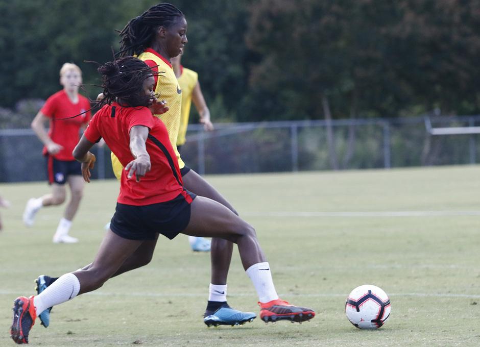 Temporada 19/20 | Entrenamiento del Atlético Femenino en Raleigh | Ludmila y Tounkara