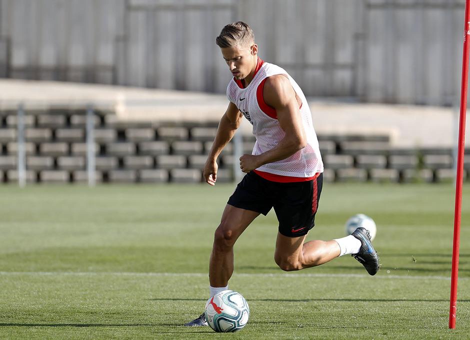 Entrenamiento en la Ciudad deportiva Wanda Atlético de Madrid 03-09-2019. Llorente.