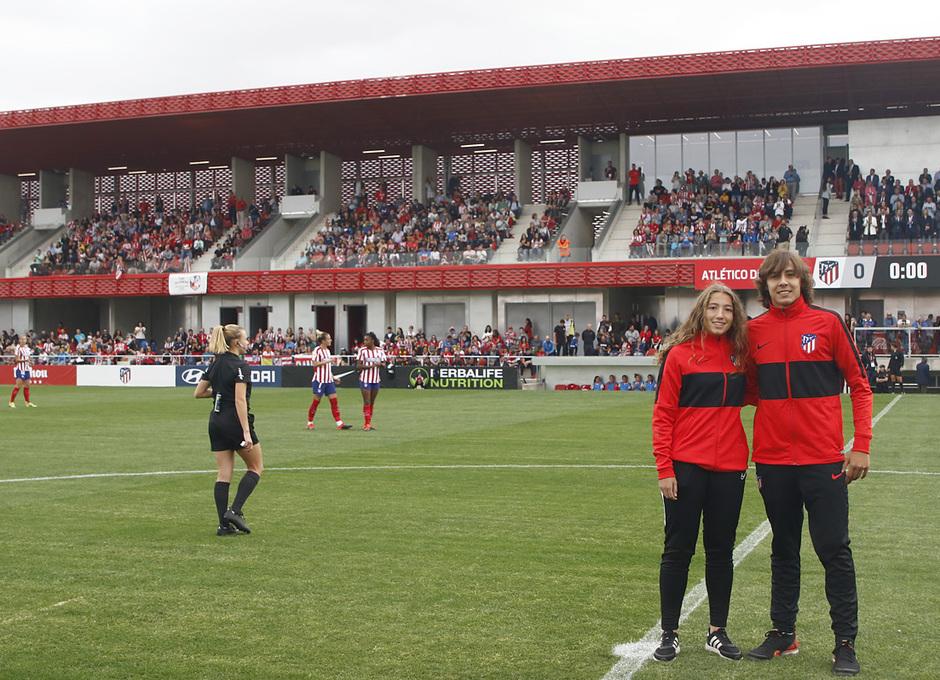 Temp. 19/20. Atlético de Madrid Femenino - Sevilla FC. Centro Deportivo Wanda Alcalá de Henares. Saque de honor.