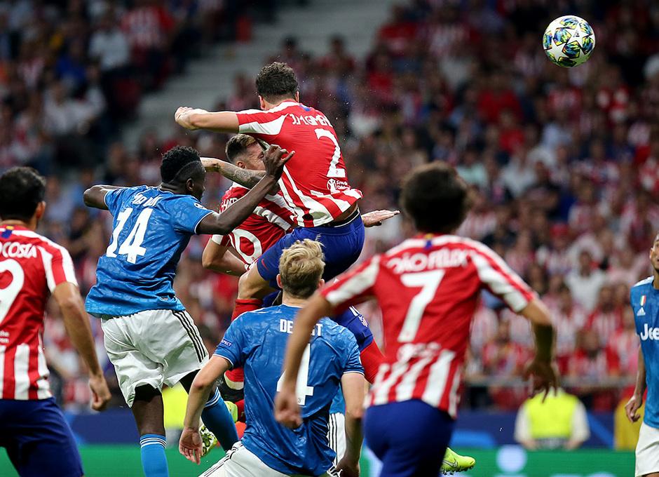 Temp. 19-20   Atlético de Madrid - Juventus   Héctor Herrera gol