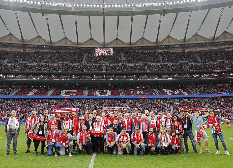 Temporada 19/20 | Atlético de Madrid - Celta | Peñas sobre el césped