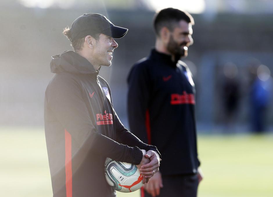 Entrenamiento en la Ciudad deportiva Wanda Atlético de Madrid 15-10-2019. Simeone.