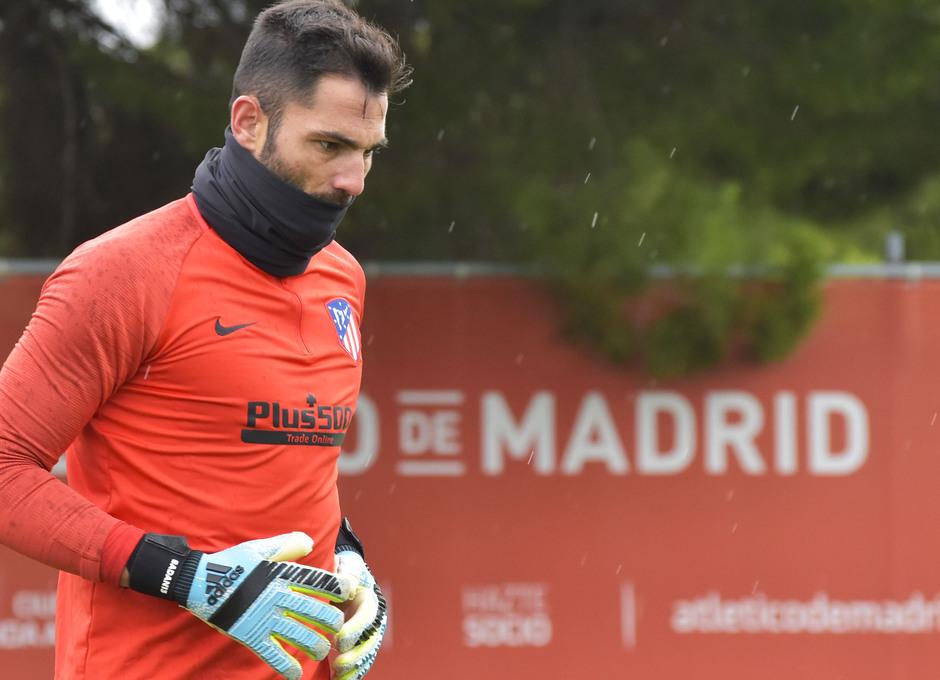 Temp. 19-20 | entrenamiento previo champions 20/10/2019.Portero Adán