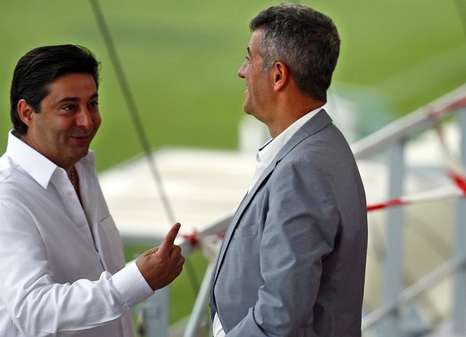 Temporada 13/14. Entrenamiento. Equipo entrenando en Majadahonda. Miguel Ángel con Daniel Angelici presidente de Boca