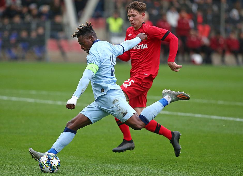 Temp. 19/20 | Youth League | Bayer Leverkusen-Atlético de Madrid Juvenil A | Cedric