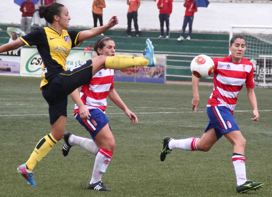 Temporada 2013-2014. Serrano durante el partido ante el Granada