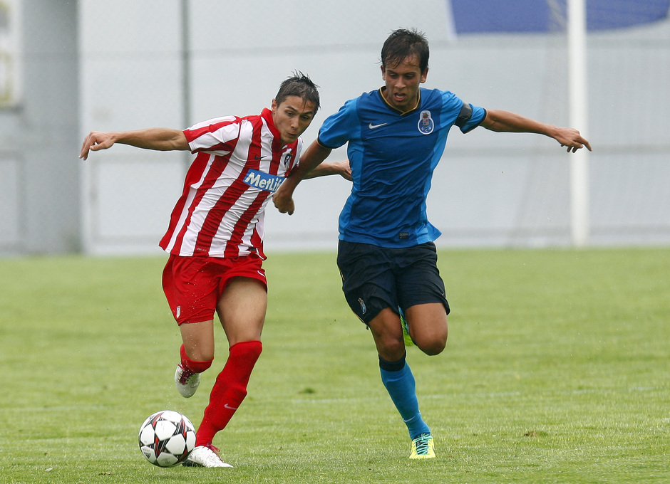 Temporada 13/14. Partido Juveniles Champions. Atlético Juveniles- Oporto