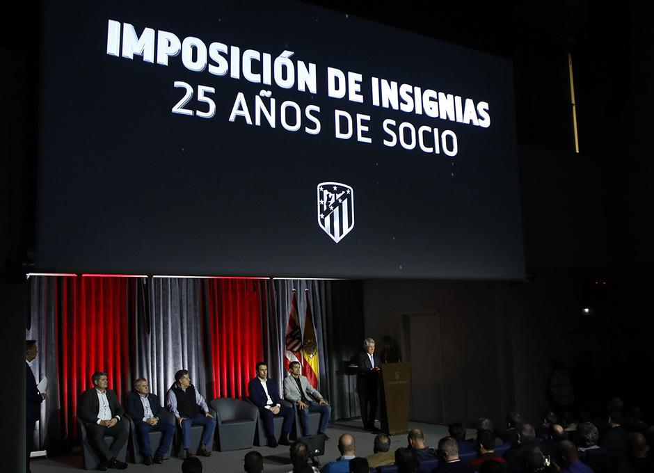 Temporada 19/20 | Imposición de insignias de plata 25 años | 28/11/2019 |
