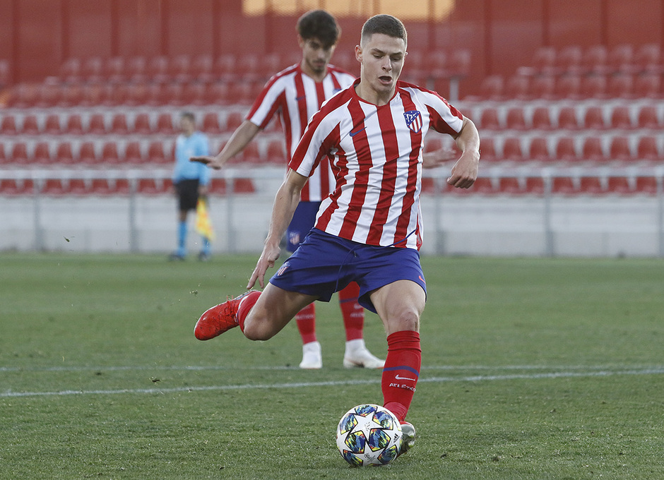 Temporada 19/20. Youth League. Atlético de Madrid Juvenil A - Lokomotiv. Quintana