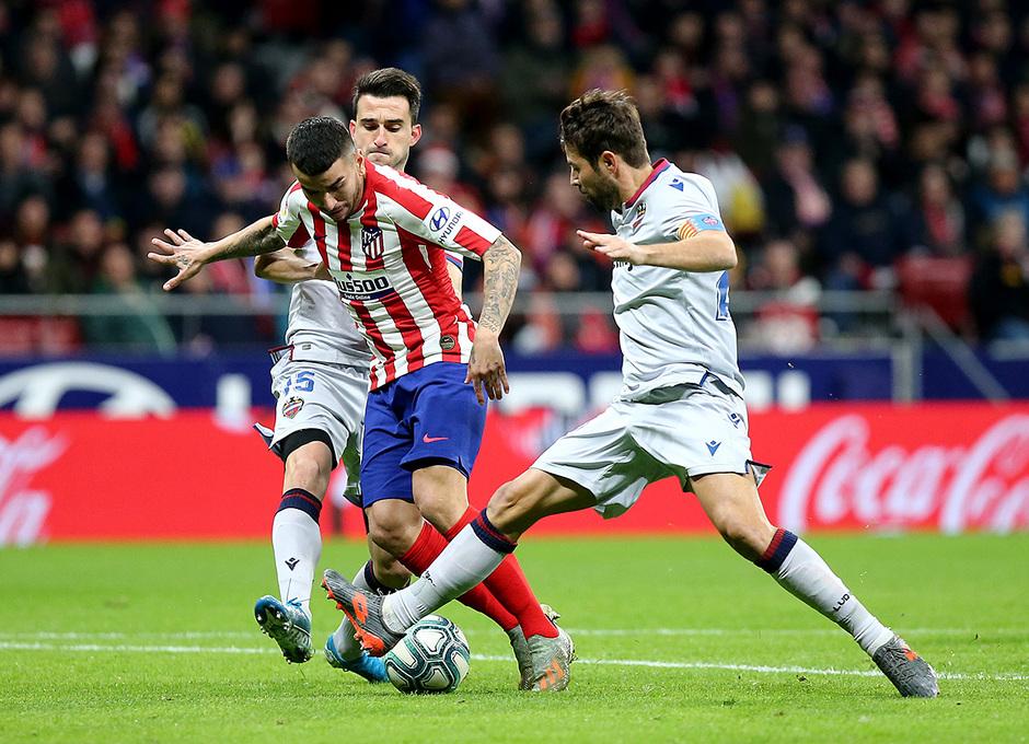 Temporada 19/20. Atleti - Levante | Correa