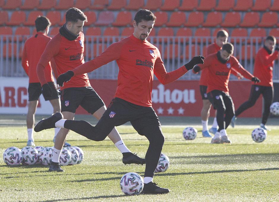 Temporada 19/20 | 06/01/2020 | Entrenamiento del primer equipo en la Ciudad Deportiva Wanda | Savic