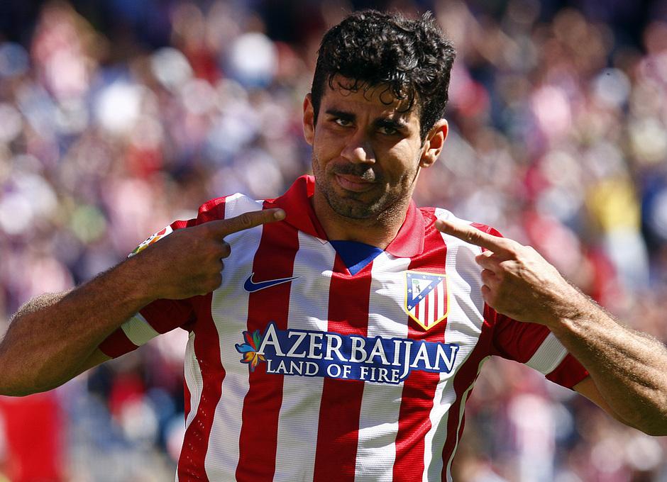 Temporada 13/14. Partido Atlético de Madrid-Celta. Vicente Calderón. Celebración de Costa