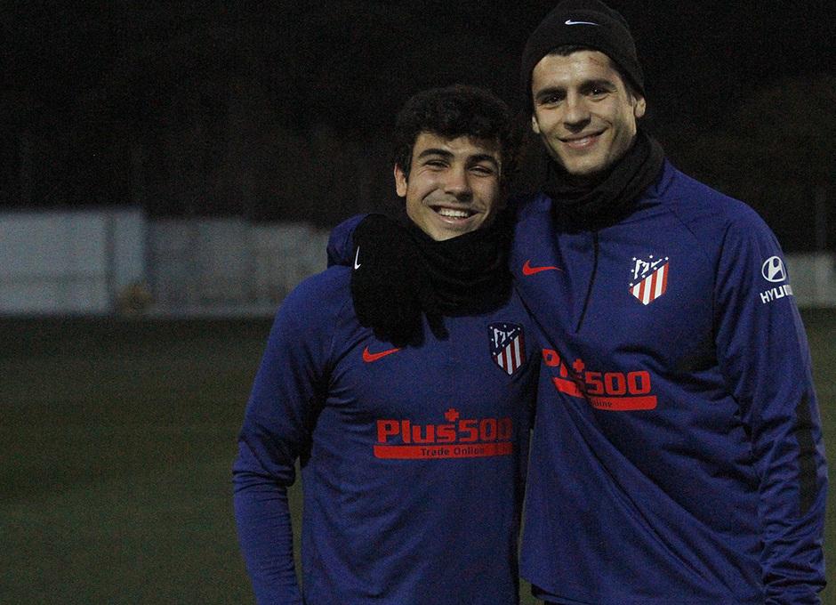 Temporada 19/20 | 14/01/2020 | Entrenamiento en la Ciudad Deportiva Wanda | Morata y Manu Sánchez