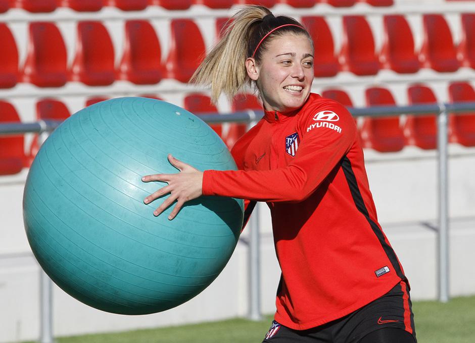 Temporada 19/20 | Entrenamiento del femenino en el Centro Deportivo Wanda Alcalá de Henares | Menayo