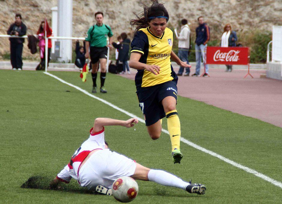 Temporada 2013-2014. Ana Borges gana en velocidad a la jugadora rayista