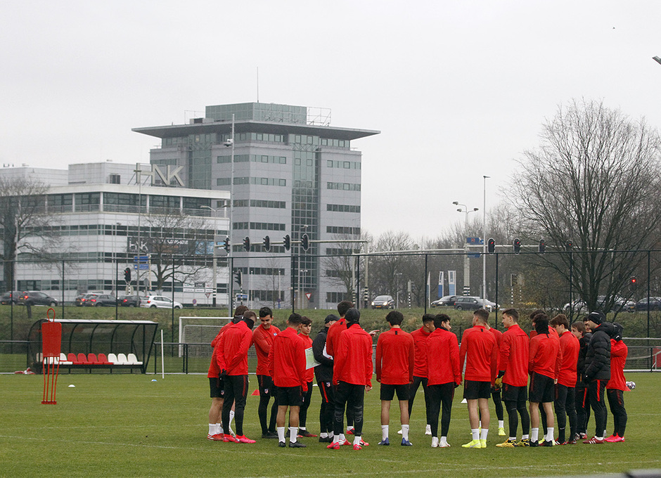 Temporada 19/20 | Entrenamiento Youth League Ajax Amsterdam |