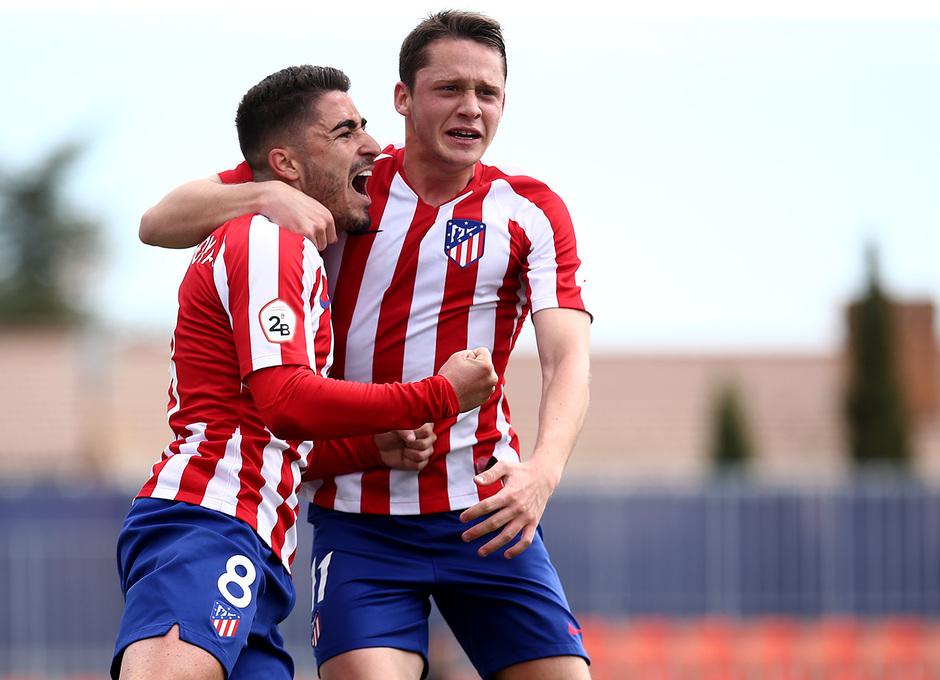 Temp 19/20 | Atlético de Madrid B - Racing Ferrol | Toni Moya y Borja Garcés celebración
