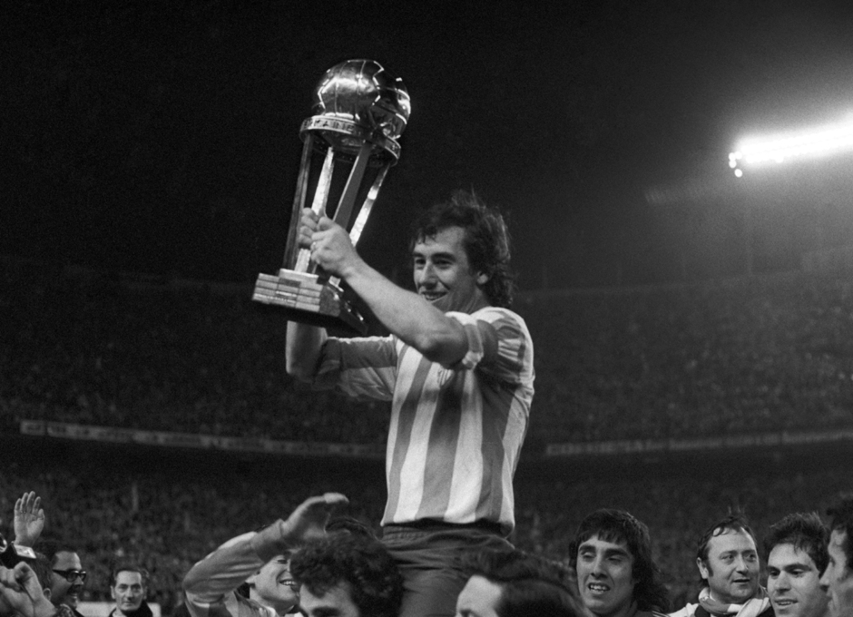 Final Intercontinental 1975 | Atlético de Madrid - Independiente de Avellaneda | Campeones | Adelardo