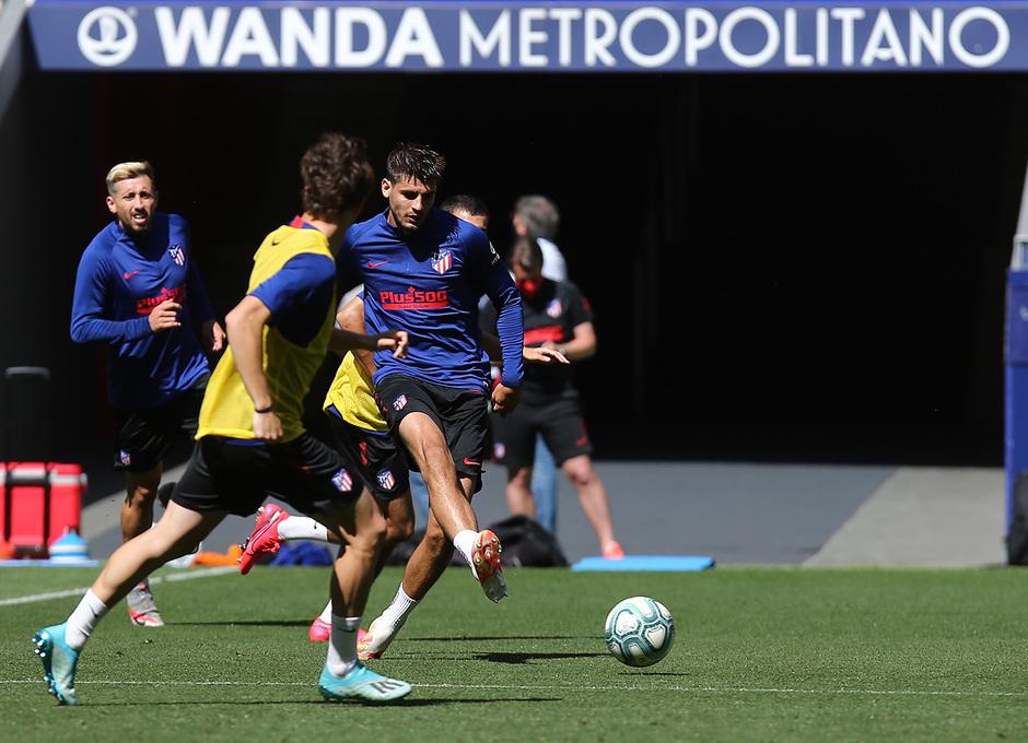 Temporada 19/20   Entrenamiento en el Wanda Metropolitano   19/06/2020   Morata