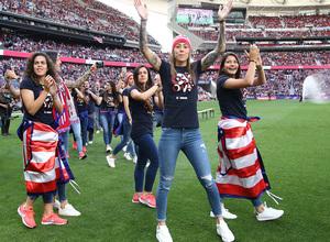 Lola Gallardo 2018.19 celebración liga Wanda Metropolitano