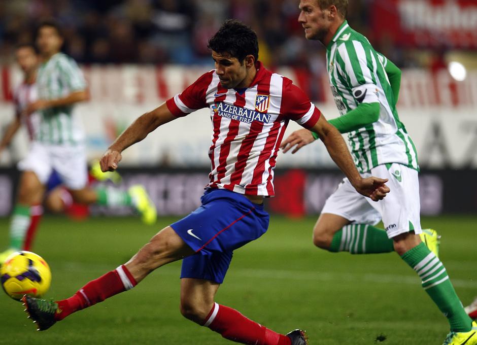 Temporada 13/14. Partido Atlético de Madrid-Betis. Diego Costa marcando gol