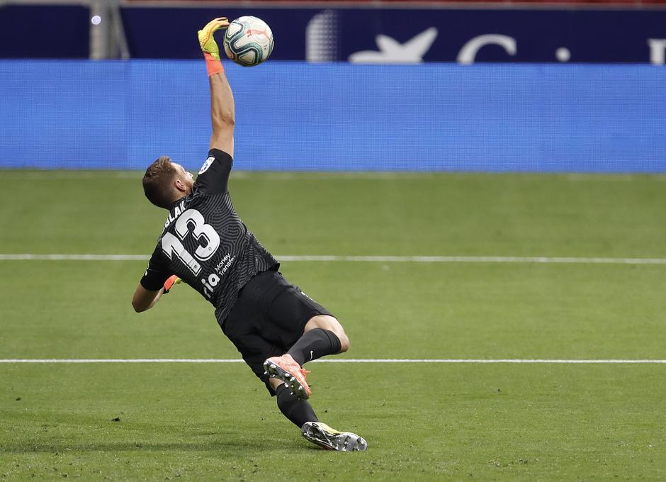 Temp. 19/20. Atlético de Madrid-Real Sociedad. Oblak parada.