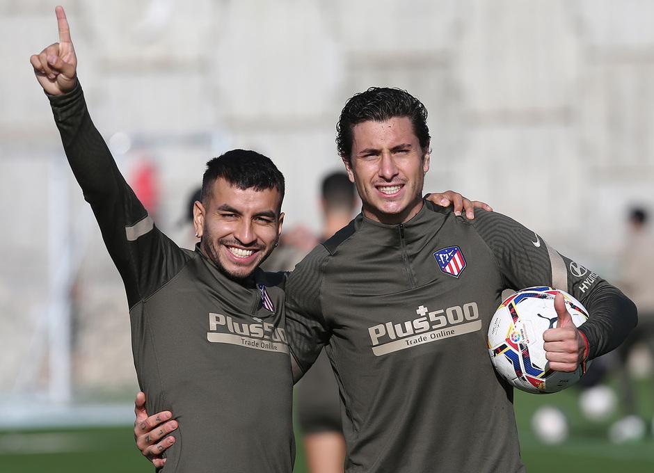 Temporada 20/21 | Entrenamiento 08/10/2021 | Correa y Giménez