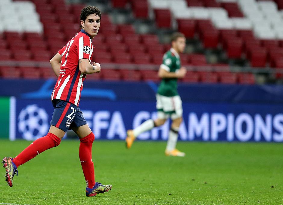 Temp. 20-21 | Atlético de Madrid - Lokomotiv | Camello