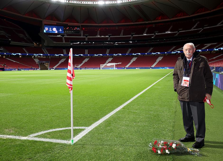 Temp. 20-21 | Atlético de Madrid - Bayern Munich | Ramo de flores