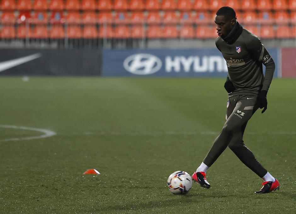 Temp. 20-21 | Primer entrenamiento 1 de enero Atlético de Madrid | Kondogbia