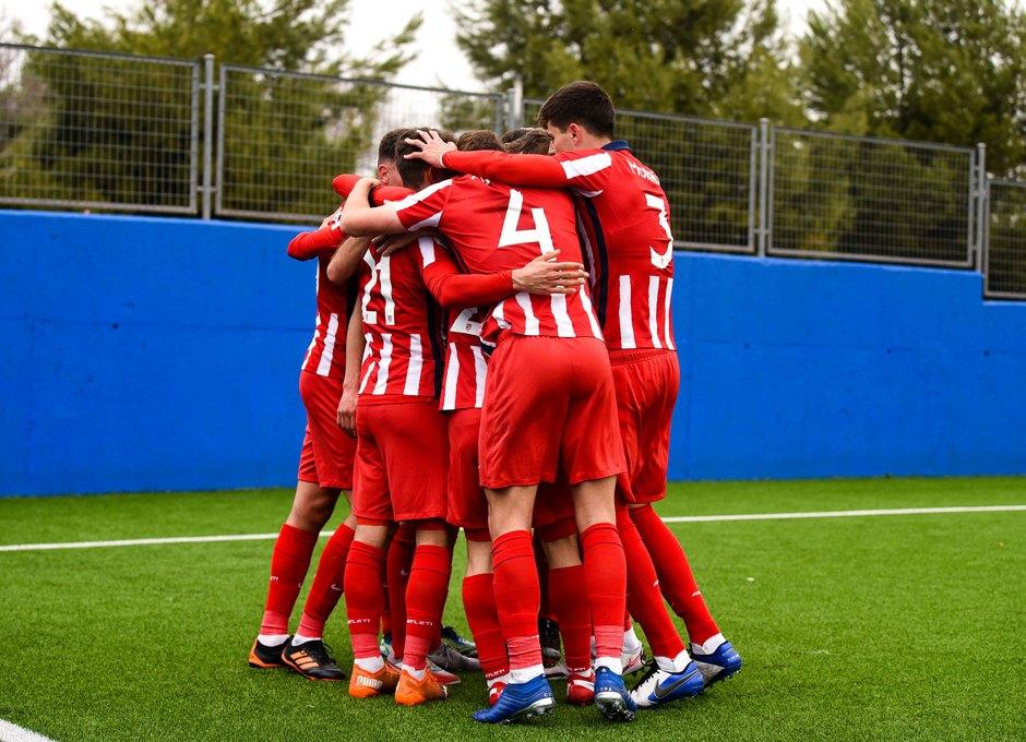 Temp. 20-21 | Getafe B - Atlético de Madrid B | Piña celebración