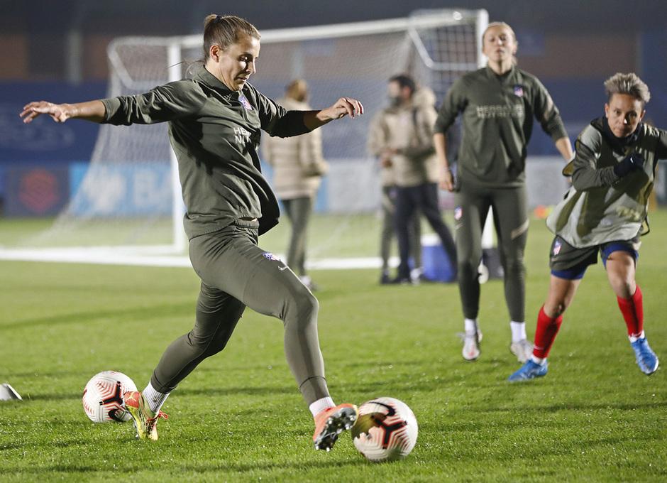 Temp. 20-21 | UWCL | Entrenamiento Chelsea-Atleti Femenino | Strom