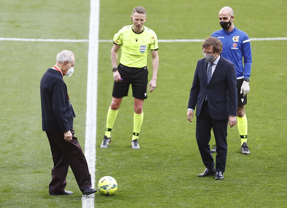 Temp. 2020/21 | Atleti - Real Madrid | Saque de honor