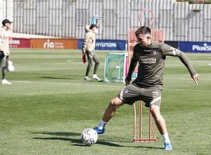 Temp. 20-21   Entrenamiento Atlético de Madrid 17 abril   Herrera