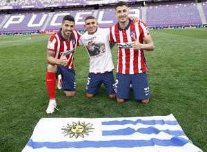 Temp. 20-21   Valladolid-Atleti   Celebración Suárez, Torreira y Giiménez