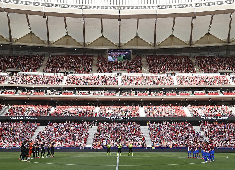 Temp 21/22 | Atlético de Madrid - Elche | Homenaje | Minuto de silencio