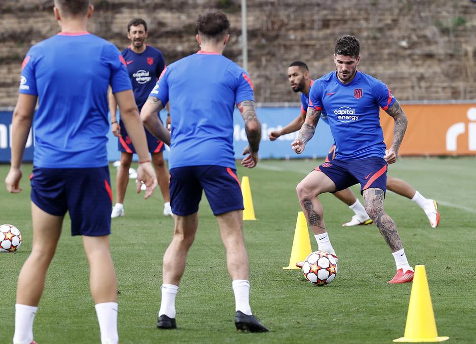 Temp. 21/22 | Entrenamiento Atlético de Madrid | De Paul
