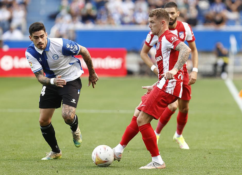 Temporada 2021/22   Alavés - Atlético de Madrid   Trippier