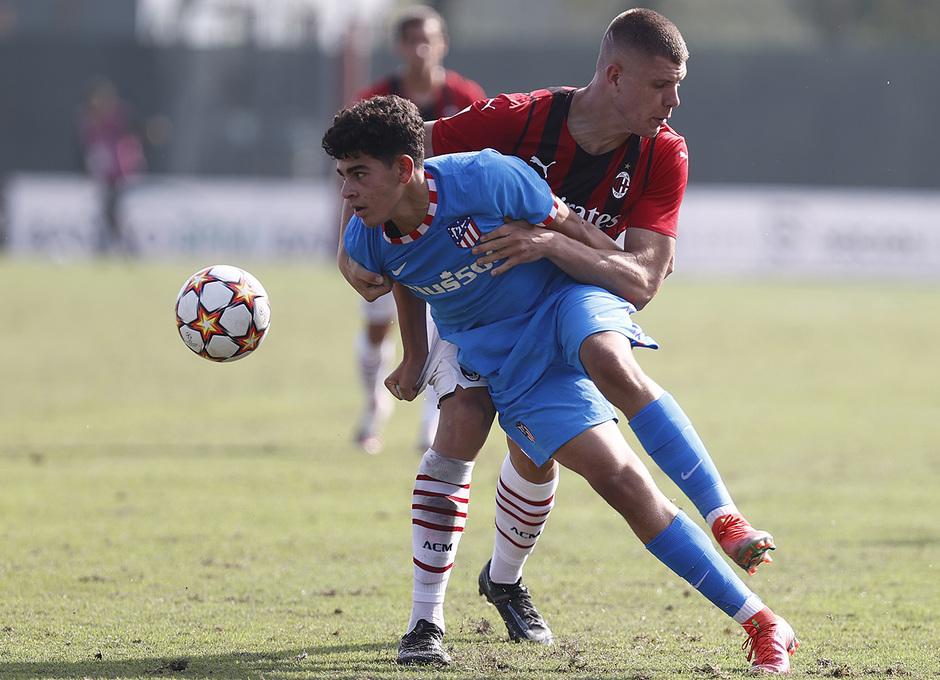Temporada 2021/22 | Youth League | AC Milan - Atleti | Salim