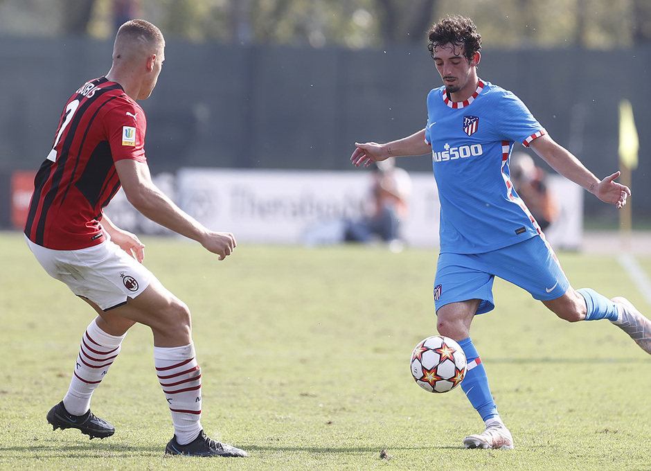 Temporada 2021/22 | Youth League | AC Milan - Atleti | Corral