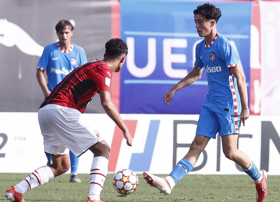 Temporada 2021/22 | Youth League | AC Milan - Atleti | Boñar
