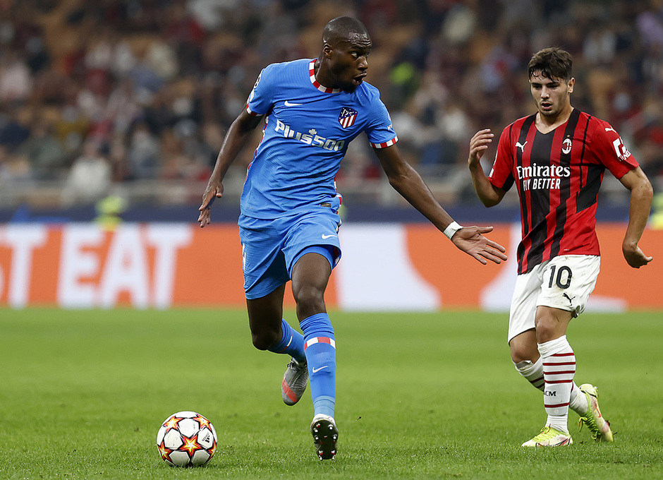 Temporada 2021/22   Champions League   AC Milan - Atleti   Kondogbia