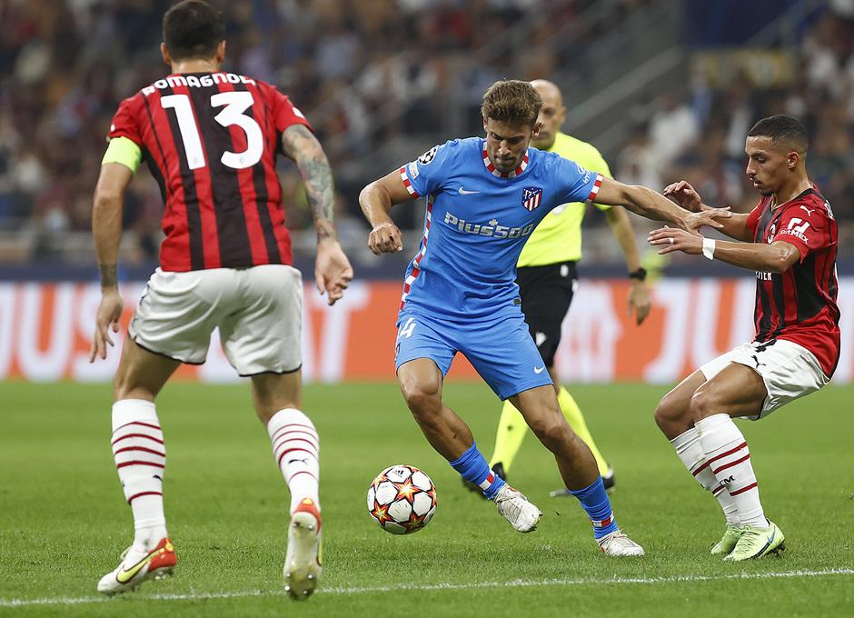 Temporada 2021/22   Champions League   AC Milan - Atleti   Llorente